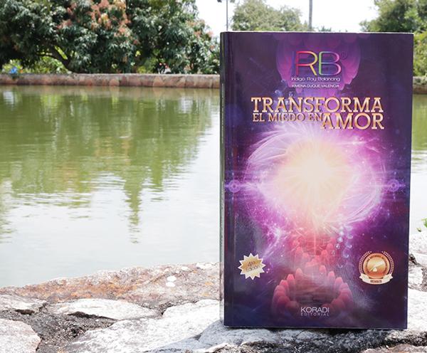 libro Transforma el miedo en Amor
